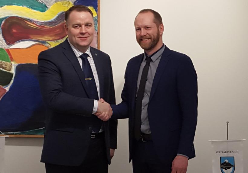 Björn Ingi Jónsson, bæjarstjóri Hornafjarðar (t.v.), og Guðmundur Ingi Guðbrandsson, ...