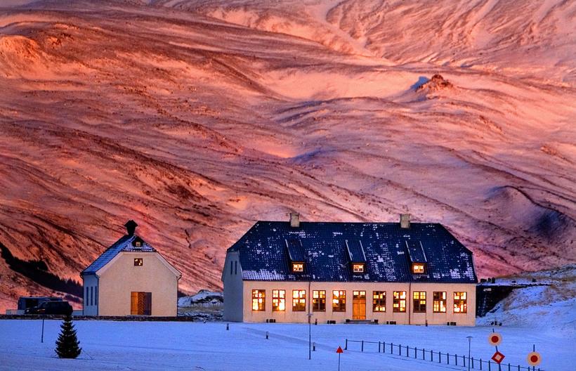Viðeyjarstofa in the winter.