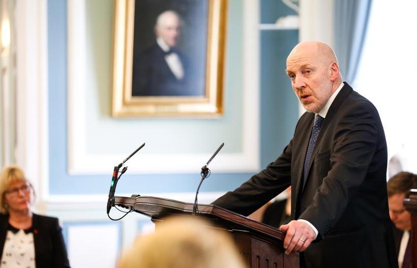 Steingrímur J. Sigfússon í ræðustóli á Alþingi í dag.