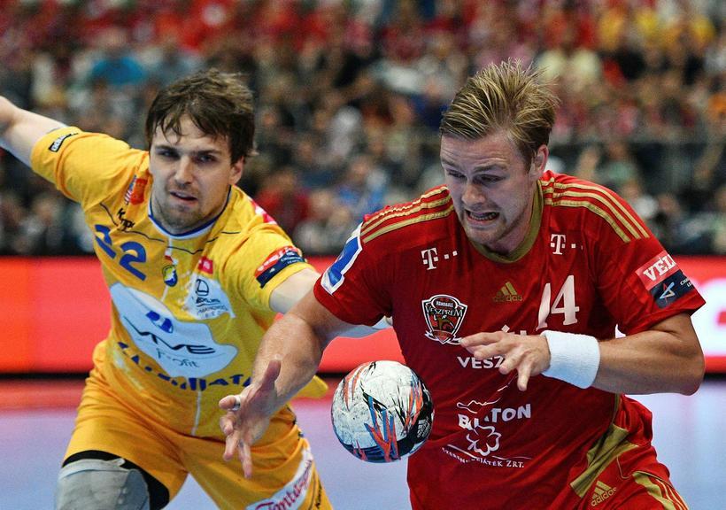 Aron Pálmarsson í leiknum gegn Kielce í dag.