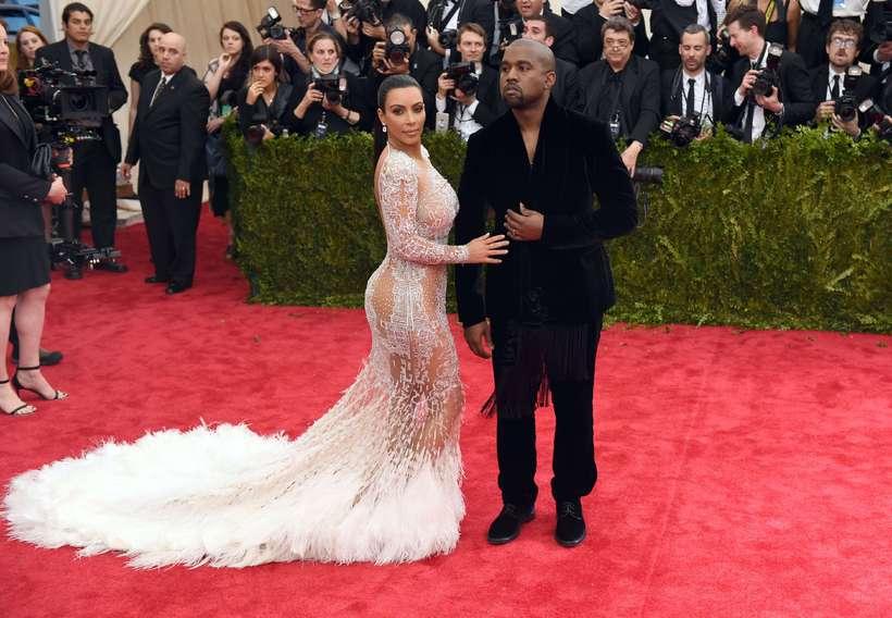 Kim Kardashian og Kanye West á Met Gala í gær.