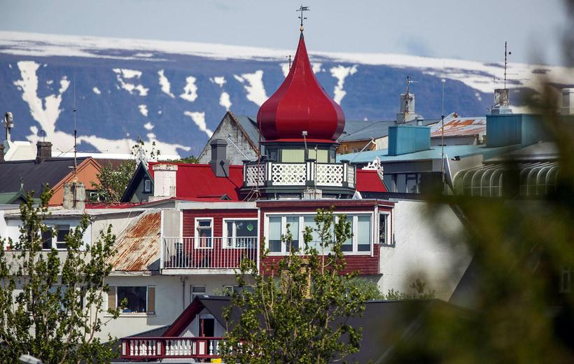 Most Airbnb flats are in the centre of Reykjavik.