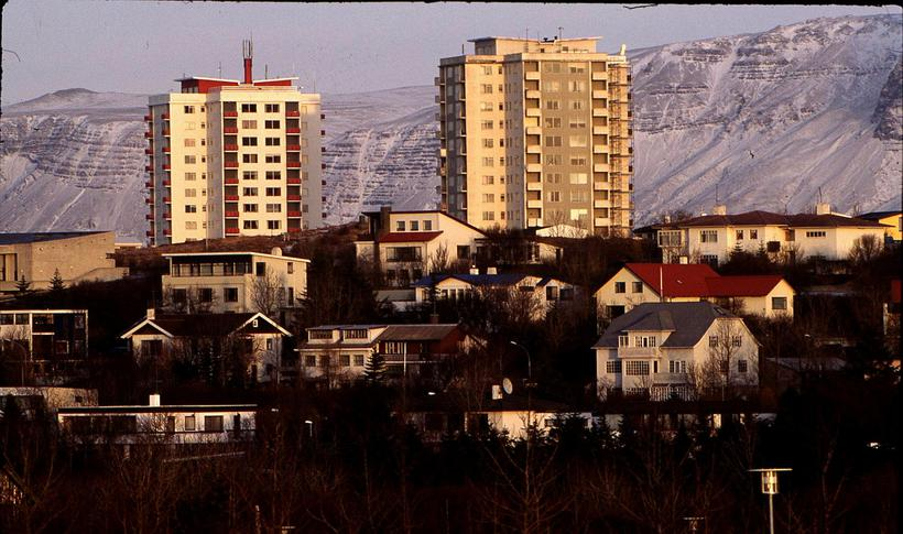 Það hefur orðið höfuðborgarbúum erfiðara að eignast íbúð miðað við ...