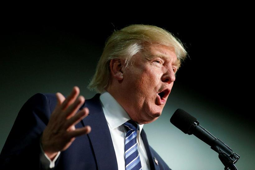 Donald Trump á kosningafundi í gær.