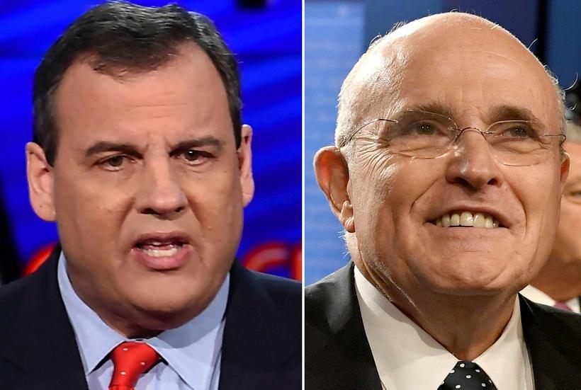 Chris Christie (til vinstri), og Rudy Giuliani.