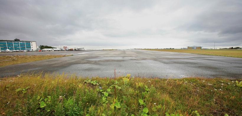 Reykjavíkurflugvöllur. Neyðarflugbrautin er mikilvæg.