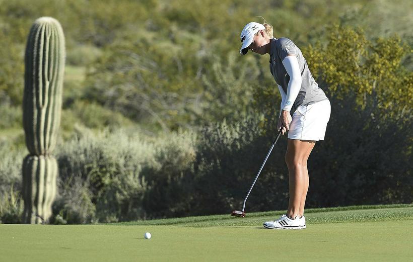 Stacy Lewis á hringnum í Phoenix í gær.