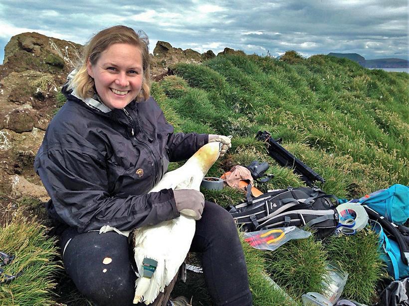 Freydís Vigfúsdóttir með fyrstu súluna sem var GPS-merkt.