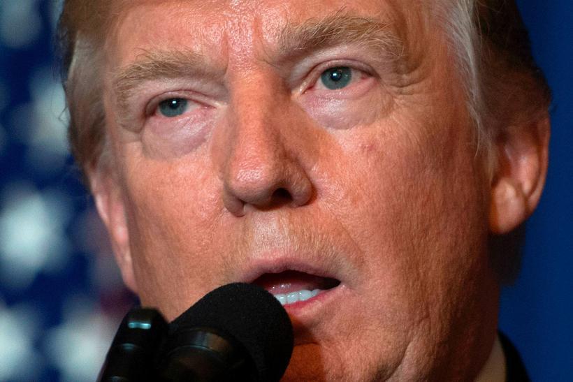 Donald Trump Bandaríkjaforseti sagði myndir af kvölum fórnarlamba efnavopnaárásarinnar í ...