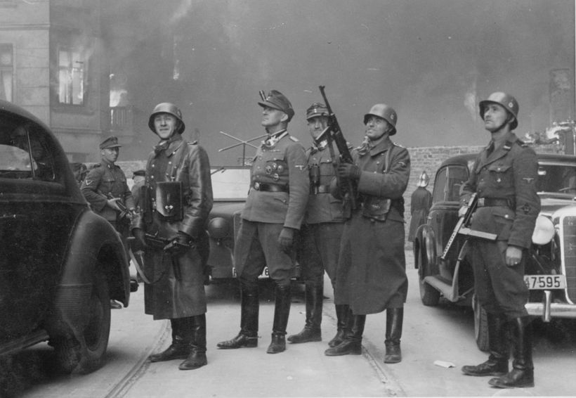 SS-foringinn Jürgen Stroop sem stjórnaði aðgerðum gegn uppreisn sem gyðingar ...