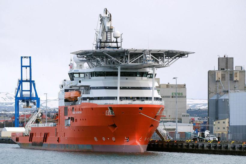 Rannsóknarskipið Seabed Constructor.
