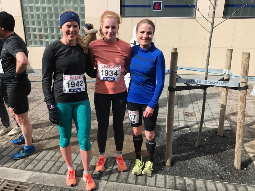 Arndís Ýr Hafþórsdóttir, Elín Edda Sigurðardóttir og Helga Guðný Elíasdóttir ...