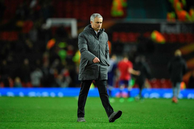 José Mourinho gengur af velli í kvöld.