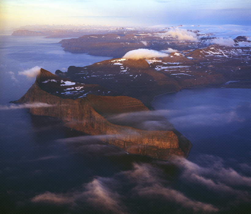Hornstrandir are known for tall mountains and steep cliffs.