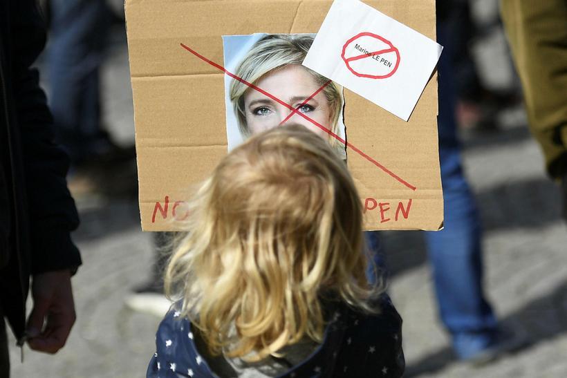 Le Pen gæti haft hag af dræmri kosningaþátttöku. Eins og ...
