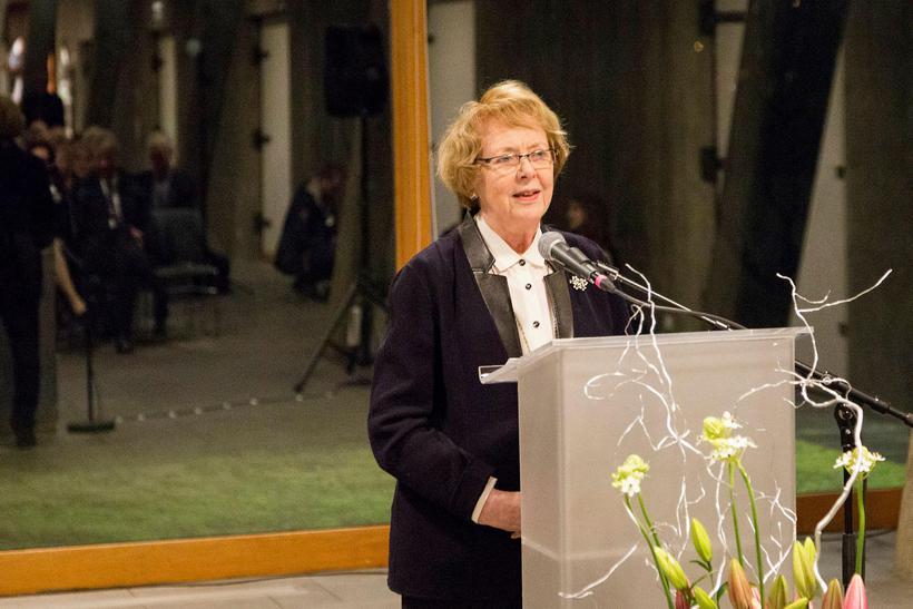 Vigdís Finnbogadóttir .