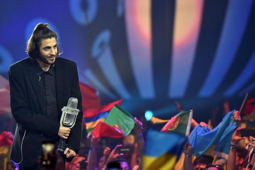 Portúgalinn Salvador Sobral stóð uppi sem sigurvegari í Eurovision í ...