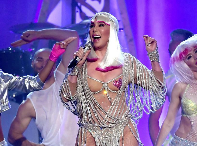 Cher finnst örugglega ekki leiðinlegt að syngja smá ABBA.