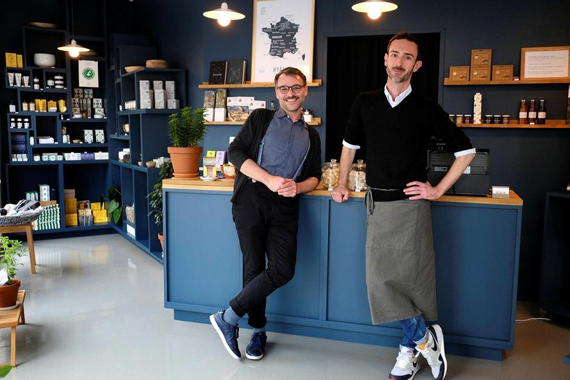 Owners Arnaud-Pierre Fourtané and Didier Fitan at the new Hyalin ...