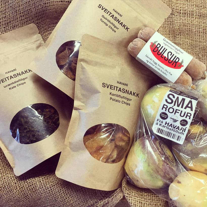Some of the products from Havarí: Vegetable chips, small neeps, ...