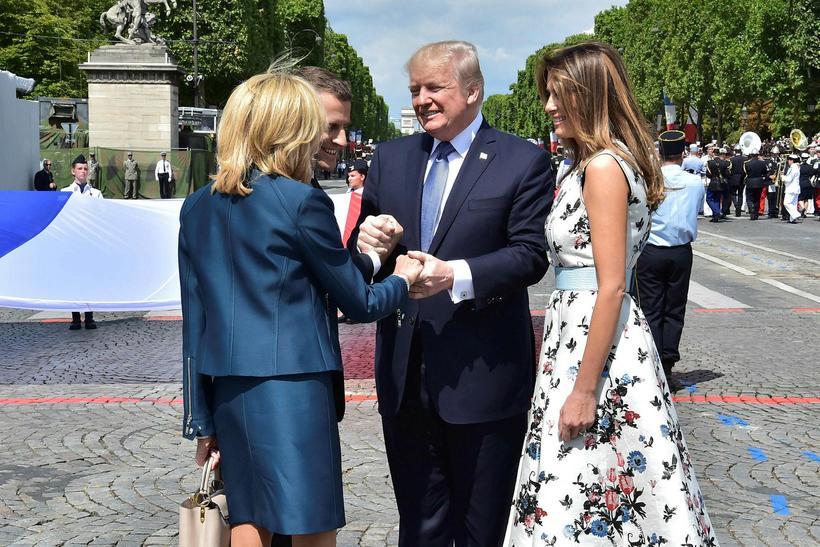 Donald Trump og Melania Trump hitta Emanuel Macron og Birgitte ...