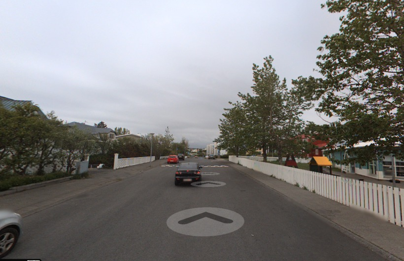Starhagi er bein og breið gata þar sem ökumenn freistast ...