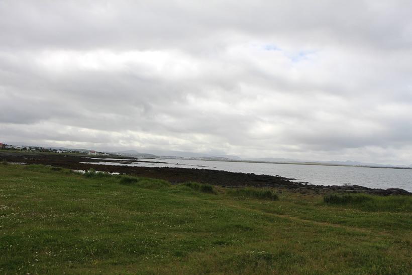 Mælingar frá 14. júlí sýndu magn saurkólígerla í Nauthólsvík vera ...