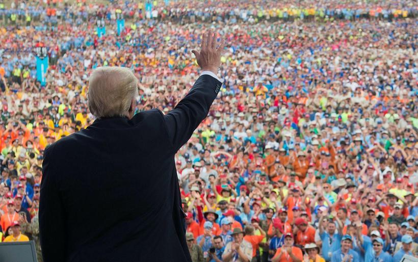 Trump ávarpar landsmót skáta í Bandaríkjunum. Líkt og oft áður ...