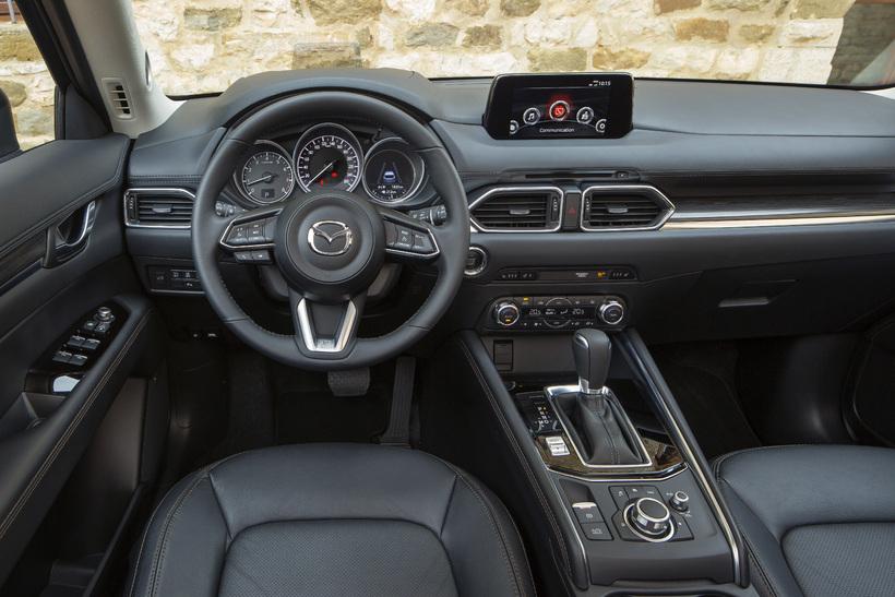 Athafnasvæði ökumanns hins nýja Mazda CX-5.