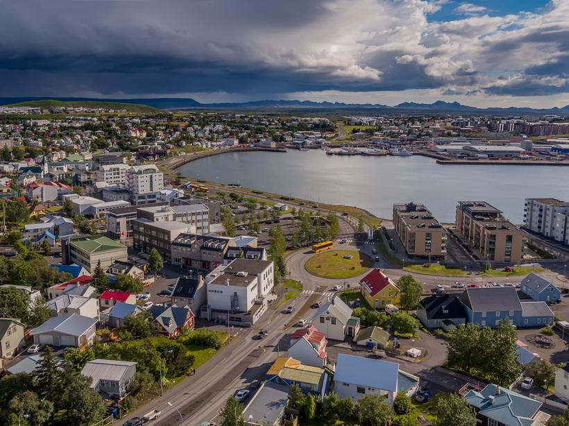 Rafmagnslaust er í Hafnarfirði þessa stundina.