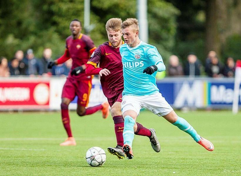 Albert Guðmundsson í leik með varaliði PSV.