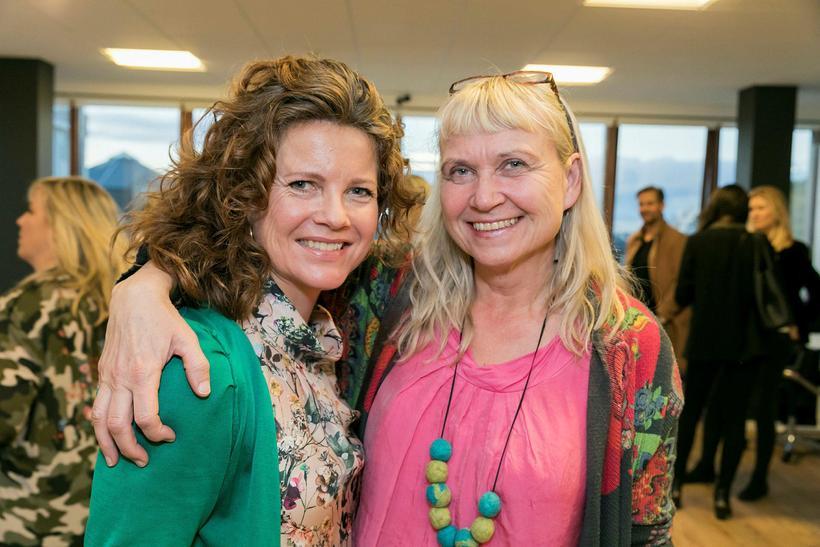 Steindóra Gunnlaugsdóttir og Margrét Ívarsdóttir.