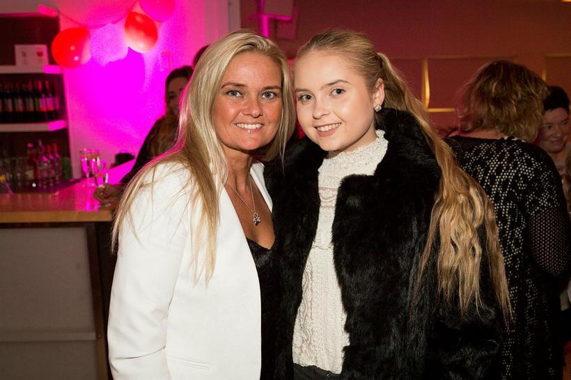 Sjöfn Þórðardóttir og Elín Helga Lárusdóttir.