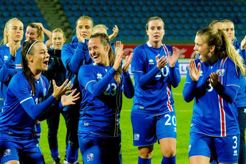 Hallbera Guðný Gísladóttir, Fanndís Friðriksdóttir, Berglind Björg Þorvaldsdóttir og Ingibjörg ...