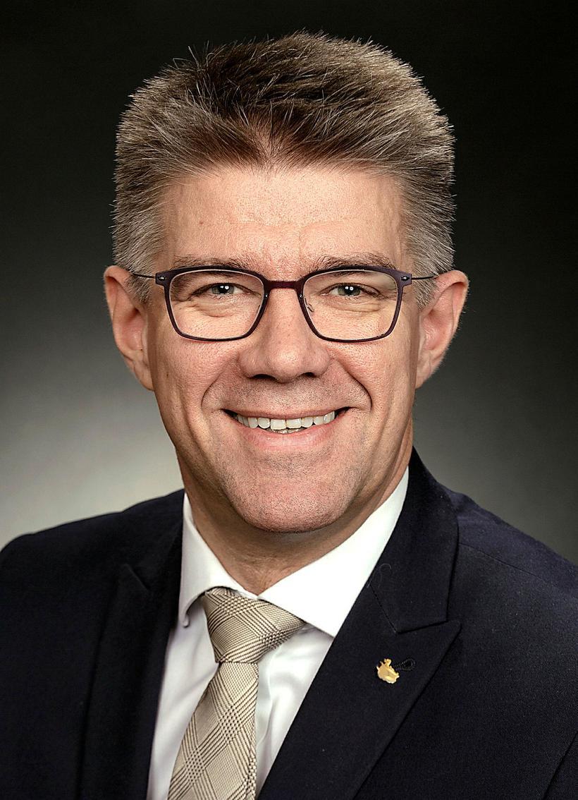 Gunnar Bragi Sveinsson.