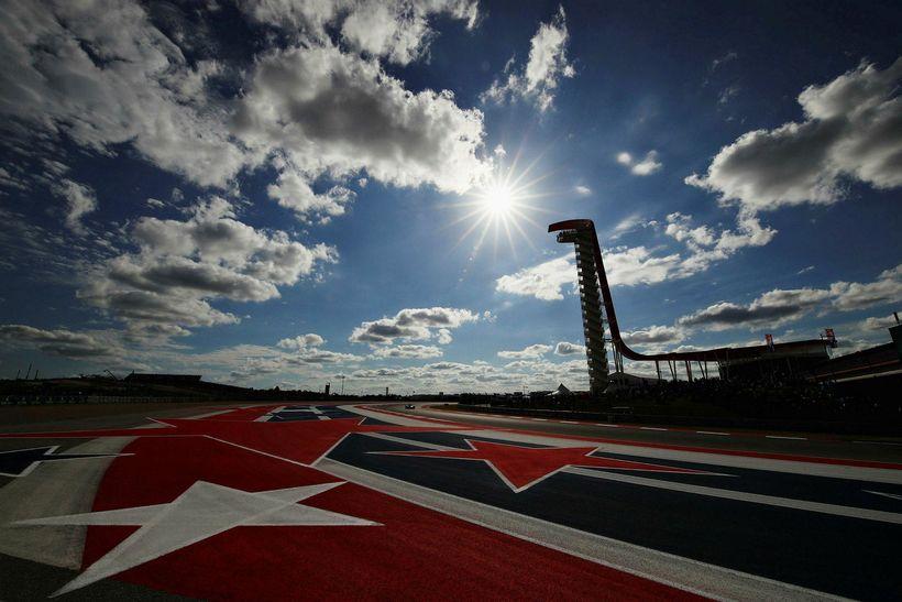 Lewis Hamilton og Sebastian Vettel munu eigast við í fremstu ...