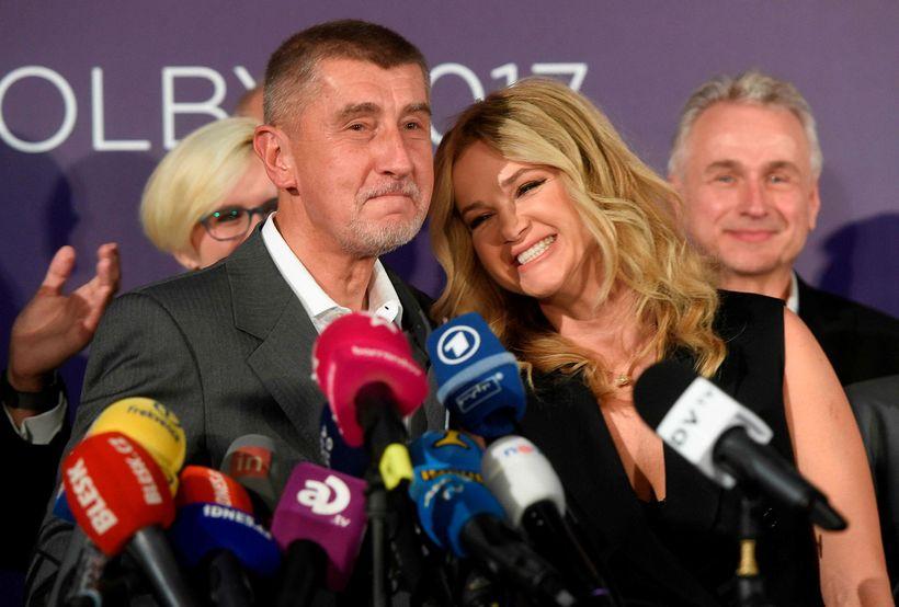 Andrej Babis formaður ANO-flokksins og Monika kona hans eftir að ...