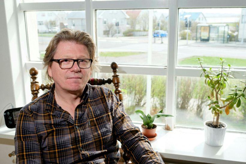 Eiríkur Bergmann segir sigur byltingarafla skrifast á aðgerðir ríkisvaldsins.