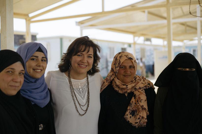 Eliza Reid meets women at the Zataari refugee camp in …