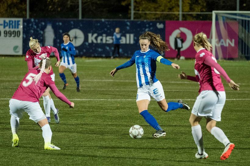 Katrín Ásbjörnsdóttir fyrliði Stjörnunnar í leiknum gegn rússneska liðinu Rossijanka.