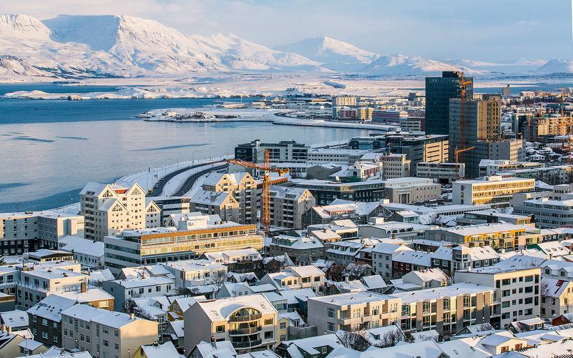 Aðkallandi er orðið að taka aðflutning innflytjenda til greina við ...