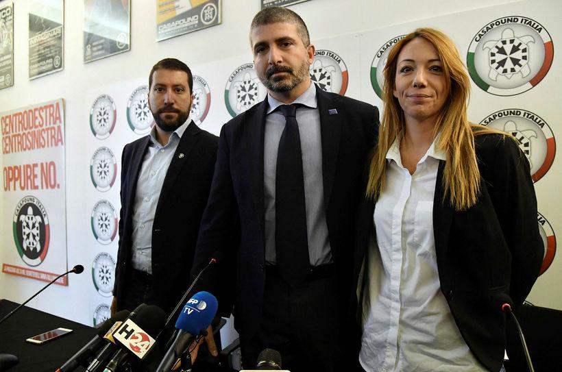Luca Marsella, Simone Di Stefano og Carlotta Chiaraluce úr flokknum ...