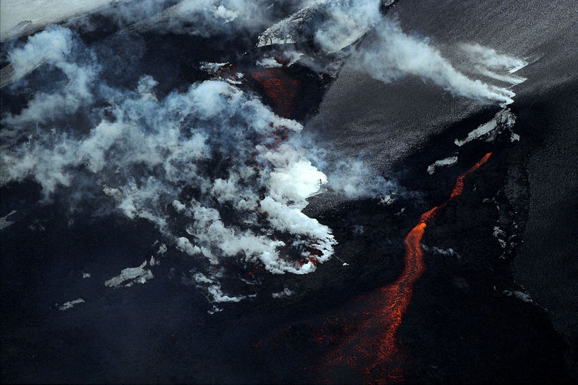 A photograph from the last eruption in mount Hekla.