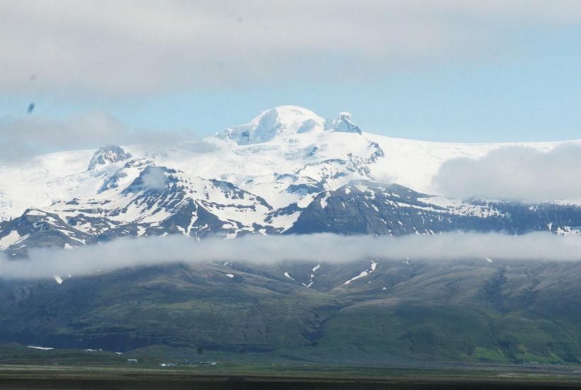Gul viðvörun er í gildi á Suðurlandi og Suðausturlandi vegna ...