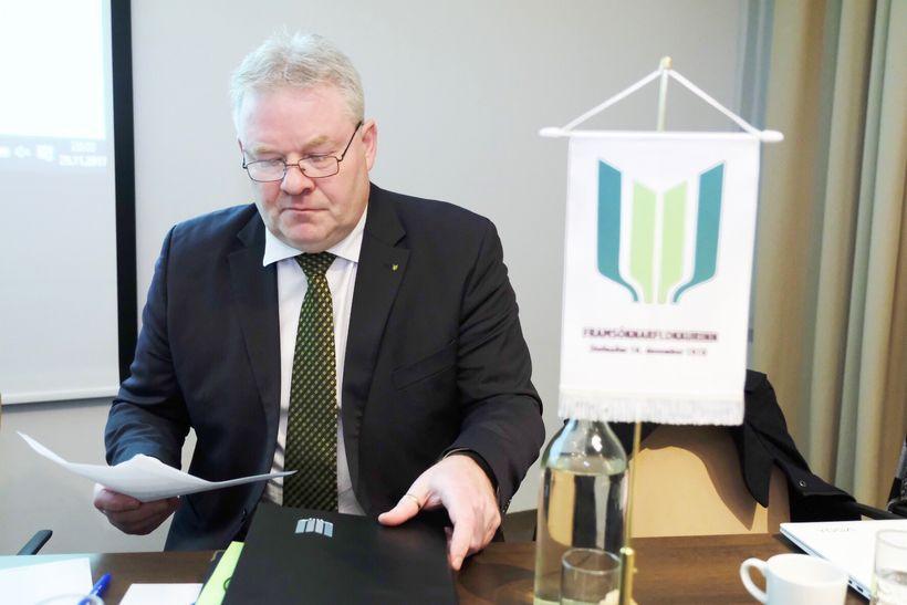 Sigurður Ingi Jóhannsson, formaður Framsóknarflokksins, á fundinum í kvöld.