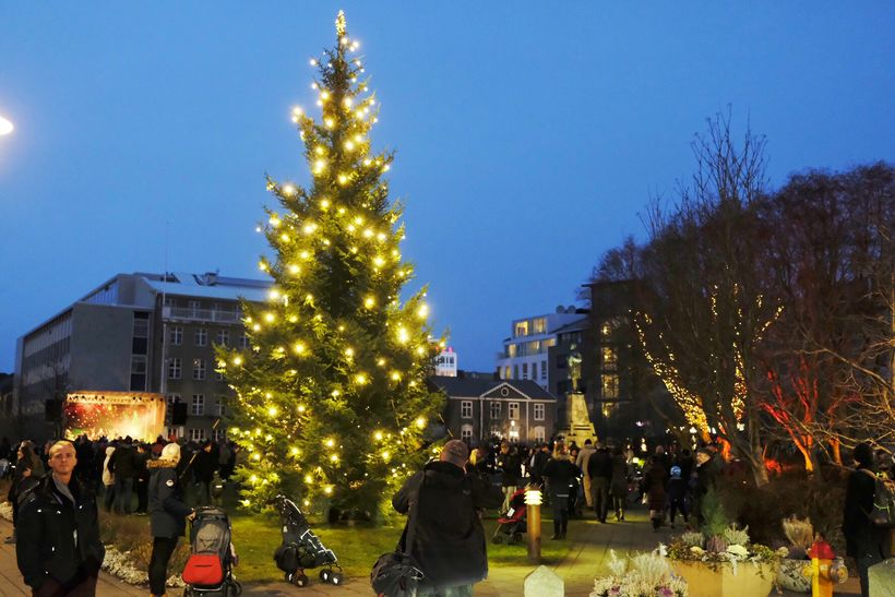 newest 83bf0 d670e Lights of the Oslo Christmas tree lit in Reykjavik city ...