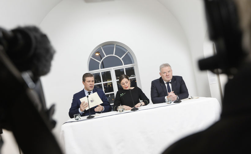 Stjórnarsáttmálinn kynntur. Bjarni Benediktsson, Katrín Jakobsdóttir og Sigurður Ingi Jóhannsson.
