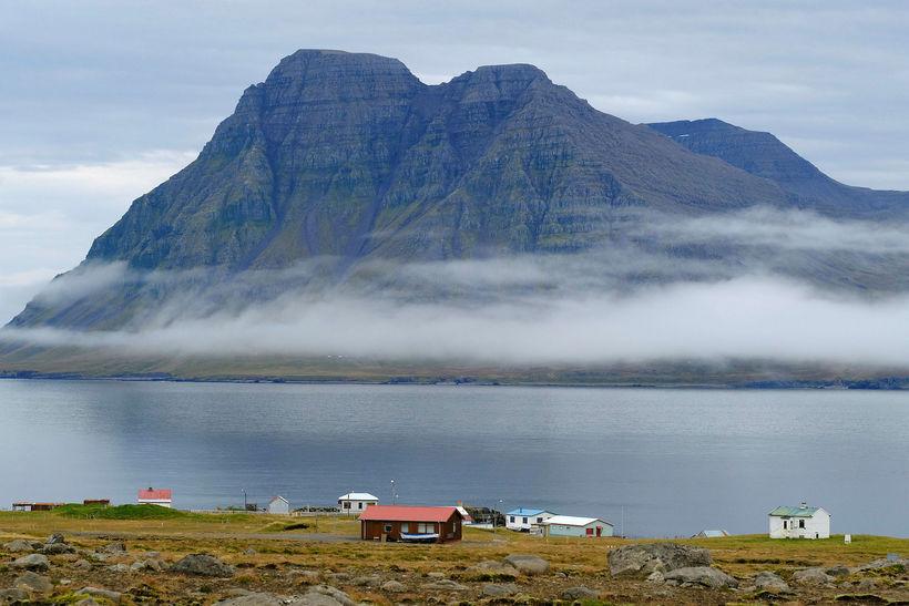Byggð yrði innan verndarsvæðisins að sögn Sigurðar Gísla Pálmasonar.