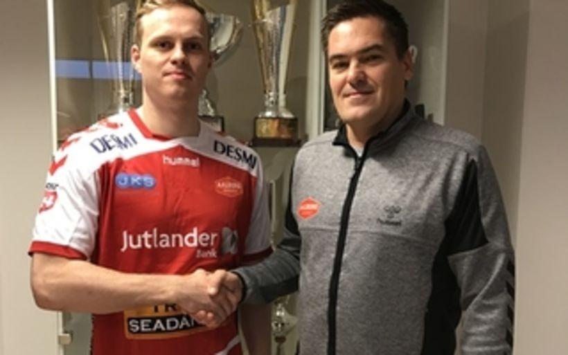 Ómar Ingi Magnússon og Aron Kristjánsson.