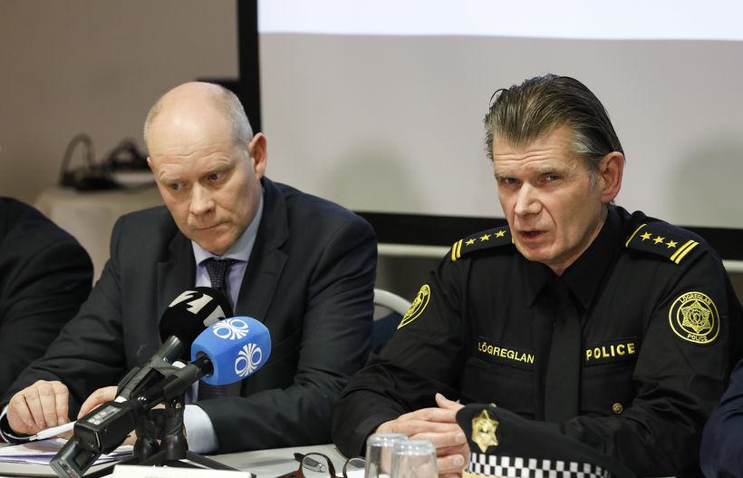 Karl Steinar Valsson, fulltrúi hjá Europol og Grímur Grímsson, yfirlögregluþjónn ...